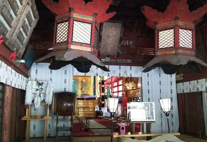 北口本宮冨士浅間神社 拝殿 本殿